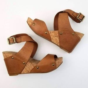 Lucky Brown Leather Wrap Cork Wedge Sandal 7.5